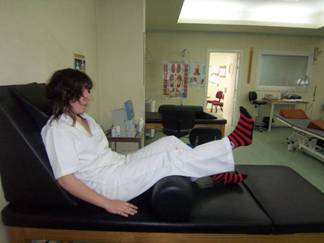 Sensación de banda de goma alrededor de la rodilla