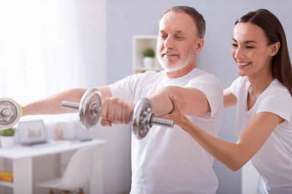 Programa de actividad física en el adulto mayor independiente