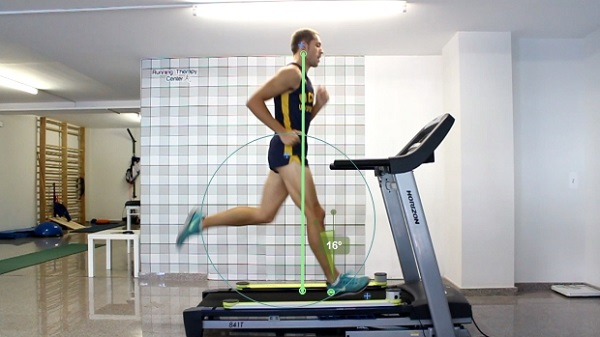 Las zapatillas con amortiguación y drop alto alteran la biomecánica de carrera pudiendo disminuir el rendimiento deportivo y aumentando el riesgo de lesiones en la extremidad inferior