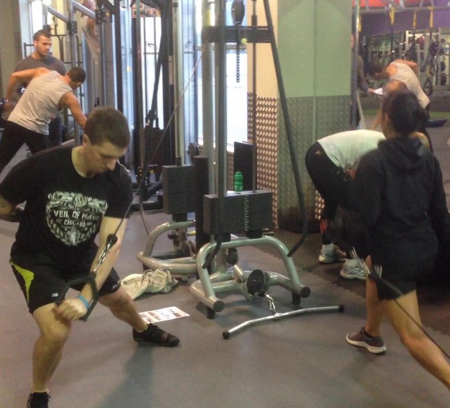 Kinetic link training functional strength & conditioning (fuerza funcional y acondicionamiento)
