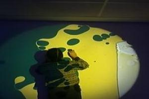 Tratamiento fisioterápico en sala multisensorial y taller de psicomotricidadpara pacientes geriátricos con demencia