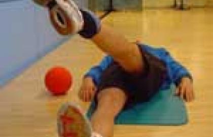 Ejercicios de propiocepción para la mejora de la estabilidad de la rodilla.