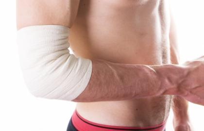 Tratamiento fisioterapéutico para la desinserción de la musculatura epicondilea