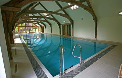 Terapia acuática: una opción en el proceso de rehabilitación de una lesión traumatológica.