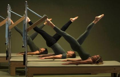 Pilates Suelo Y Maquinas TODOS LOS NIVELES ////// Introducción a HIPOPRESIVOS y PILATES AÉREO