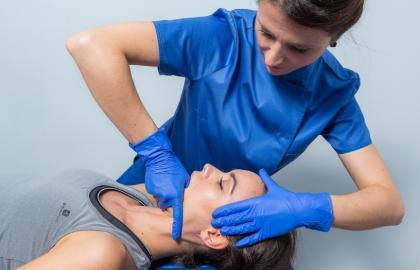 Curso de EXPERTO  en Fisioterapia en el Dolor Craneofacial, Cefaleas y Trastornos Craneomandibulares. (140h) 15% descuento
